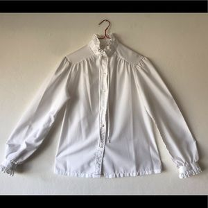 Vintage White Pirate sleeved blouse